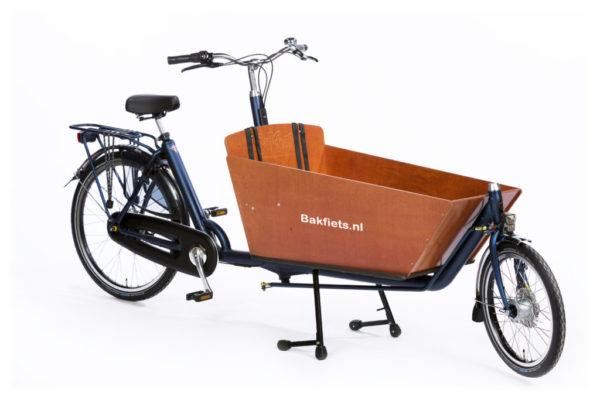 Das Lastenfahrrad Bakfiets Cargo Bike Classic mit der Box-Ausführung Long.